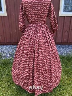 HIGH QUALITY REPRODUCTION CIVIL WAR DRESS with ORIGINAL PERIOD BUTTONS