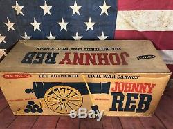 Vintage Johnny Reb Authentic Civil War Cannon Toy Original Box 1960 Remco